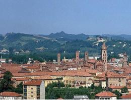 Photo of Alba, Piemonte, Italy (CPD)