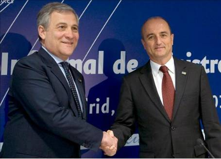 The Spanish Minister of Industry, Tourism and Trade, Miguel Sebastián, and the Commissioner for Industry and Entrepreneurship, Antonio Tajani