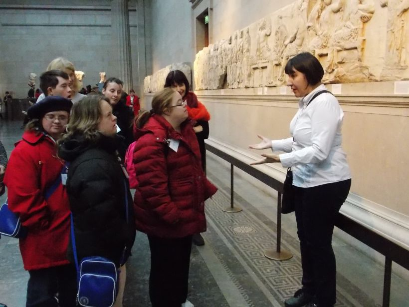 Tourist Guiding at British Museum, photo by FEG