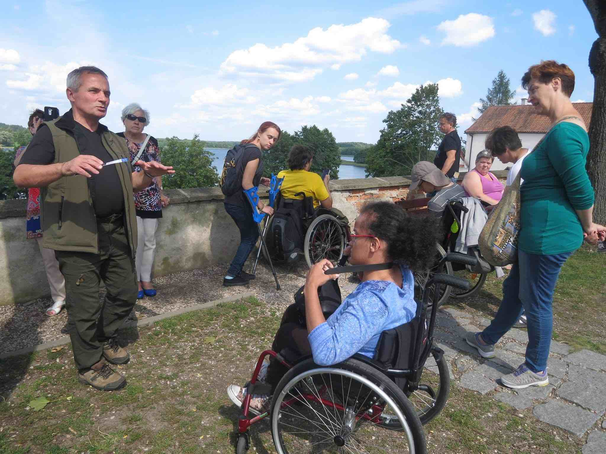 Image of Access Angels tourist guiding with wheelchair users